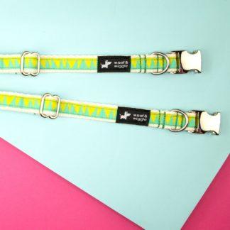 Hondenhalsband met geelgroen patroon van woof & wiggle