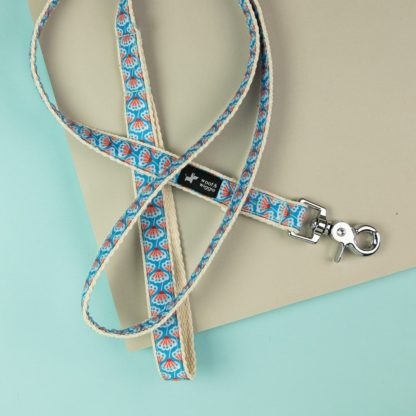 """woof & wiggle dog leash in the design """"St. Tropez"""""""